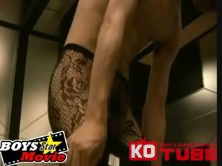 エロ動画、BOYS STAR MOVIE 『メイドエプロン&セクシー柄タイツ女装でオナニーする変態男子』の表紙画像