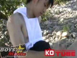 エロ動画、BOYS STAR MOVIE 『佐藤君今回はメイド服で青空の下ご主人様の前でオナニー』の表紙画像