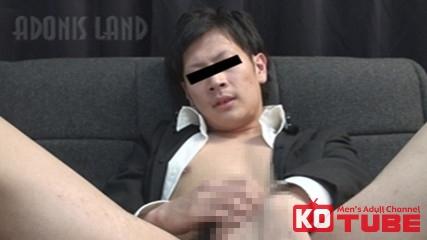 【エロ動画】at-B イケメン学ラン君のアナルをズボズボ!のエロ画像1枚目